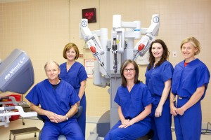 Our doctors with the da Vinci robotic surgery console